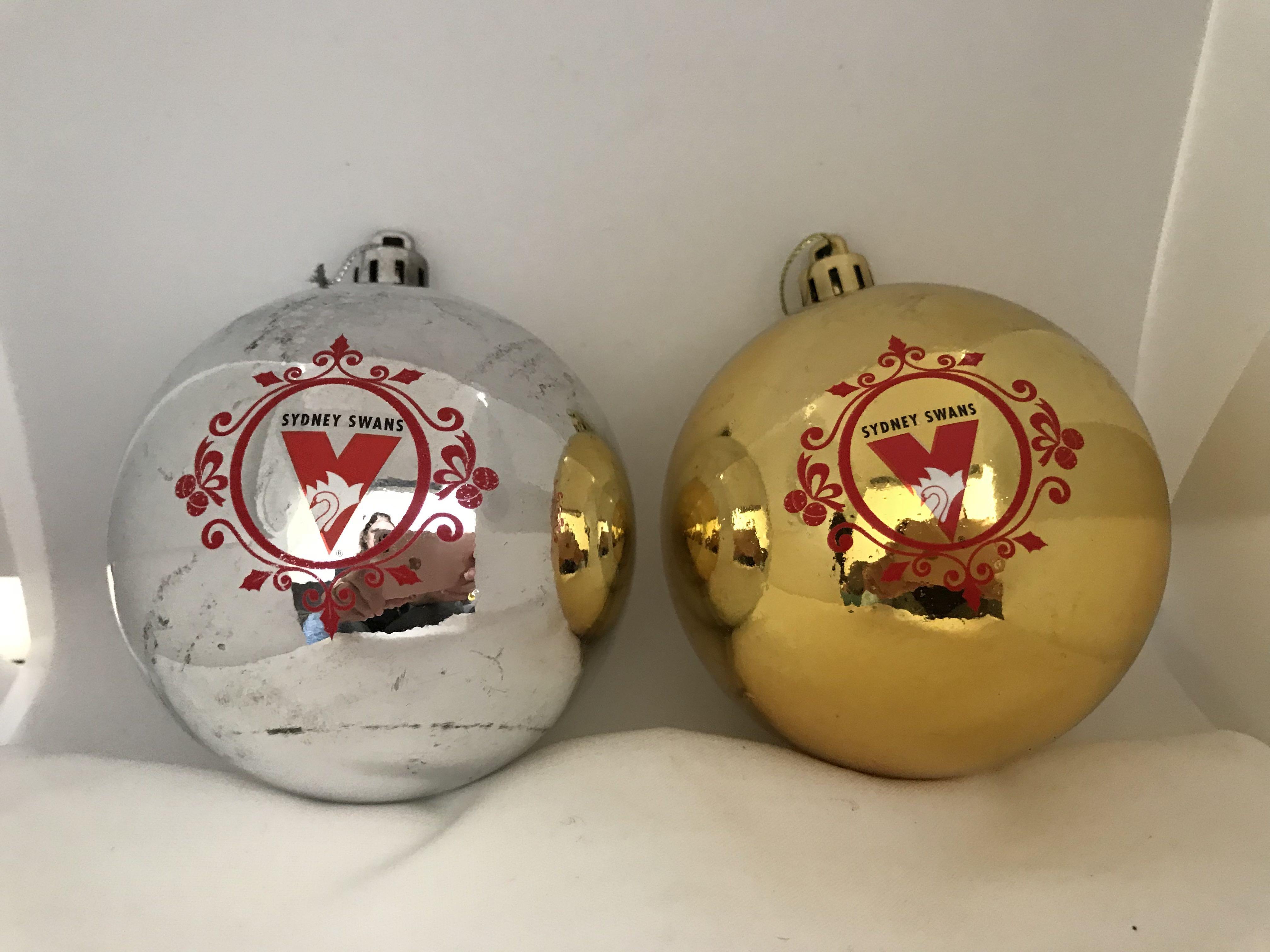 christmas baubles sydney